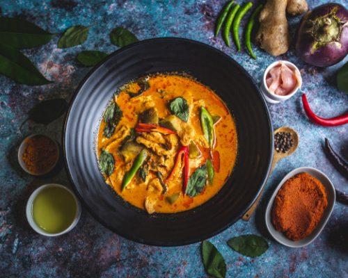 อาหารไทยมีกี่ชนิด แบ่งได้อย่างไรบ้าง